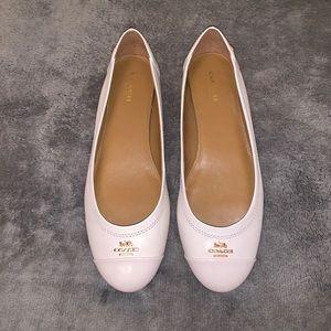 Coach Chelsea cream leather ballet flat